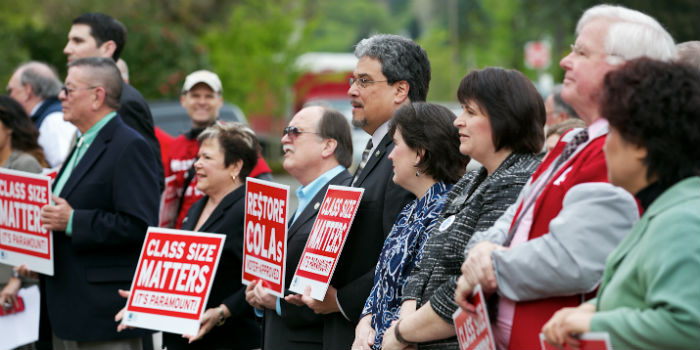 1,000 teachers rally in Olympia